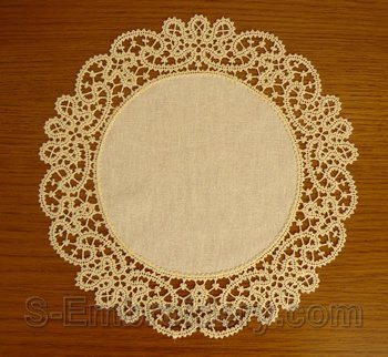 10550 Battenberg free standing lace doily