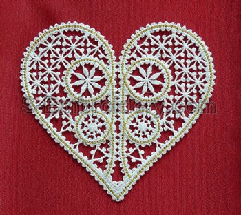10572 Battenberg lace heart embroidery