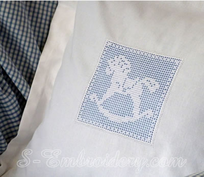 10597 Horse crochet square machine embroidery design