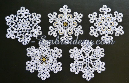 10649 Snowflake free standing lace ornaments set