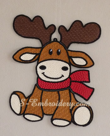 10667 Reindeer FSLace Christmas ornament