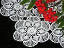 10377 Crochet table lace