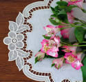 10415 Free standing lace table runner set No3